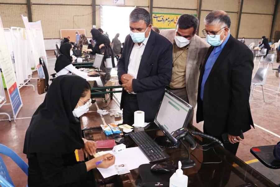 تزریق مرحله اول واکسیناسیون کرونا به بیش از ۵ هزار و ۵۰۰ فرهنگی استان کرمان تا کنون